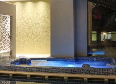Jacuzzi at Hotel International in Iasi, Romania